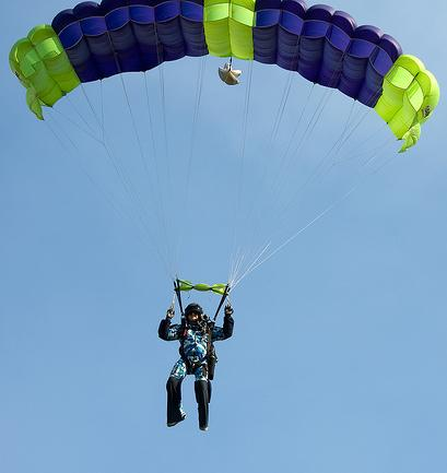 skydiving parachute