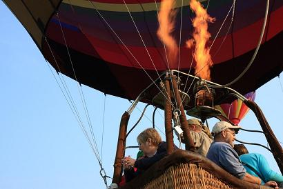 picture of hot air balloon burner