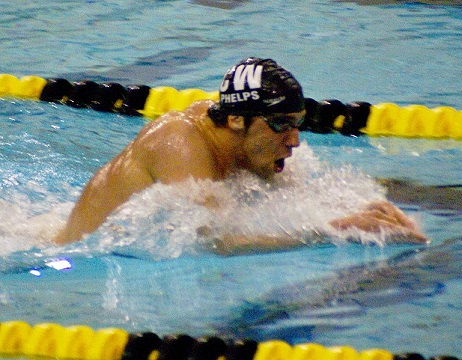 swimming picture of michael phelps in 400 im
